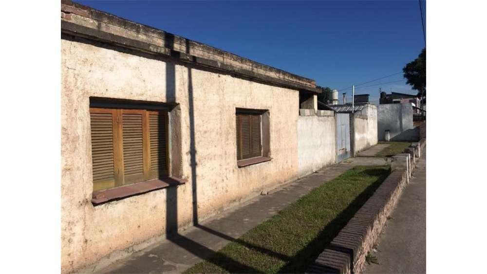 Francisco Lopez Correa 1900 - UD 38.000 - Casa en Venta