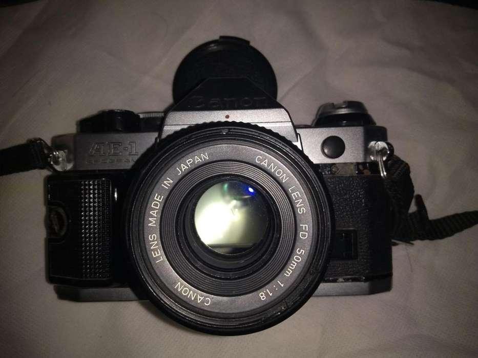 vendo cámara análoga canon A E1 PROGRAM y accesorios