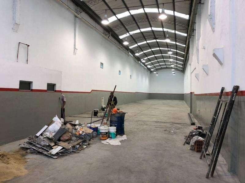 Alquiler deposito 500 m2 - Dock Sud