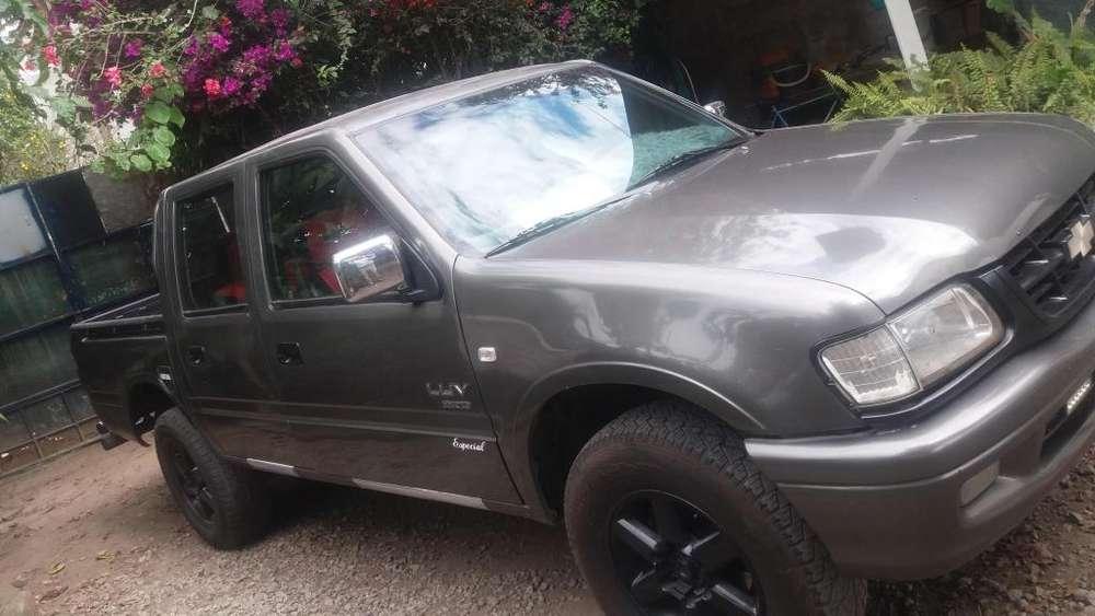 Chevrolet Luv 2003 - 242000 km