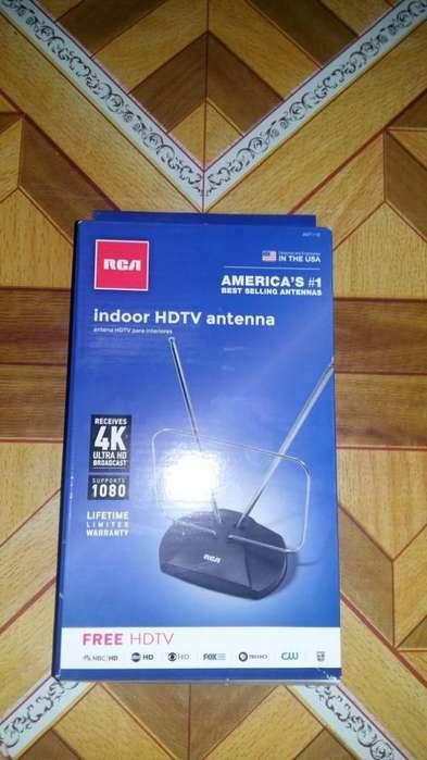 ANTENA DIGITAL TERRESTRE AMERICANA RCA PARA TV HDTV, 4K, BANDA VHF Y UHF.