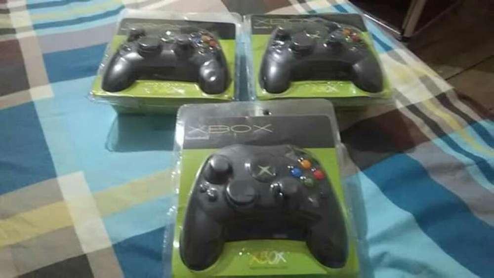 Vendo Palancas Selladas de Xbox Clásico