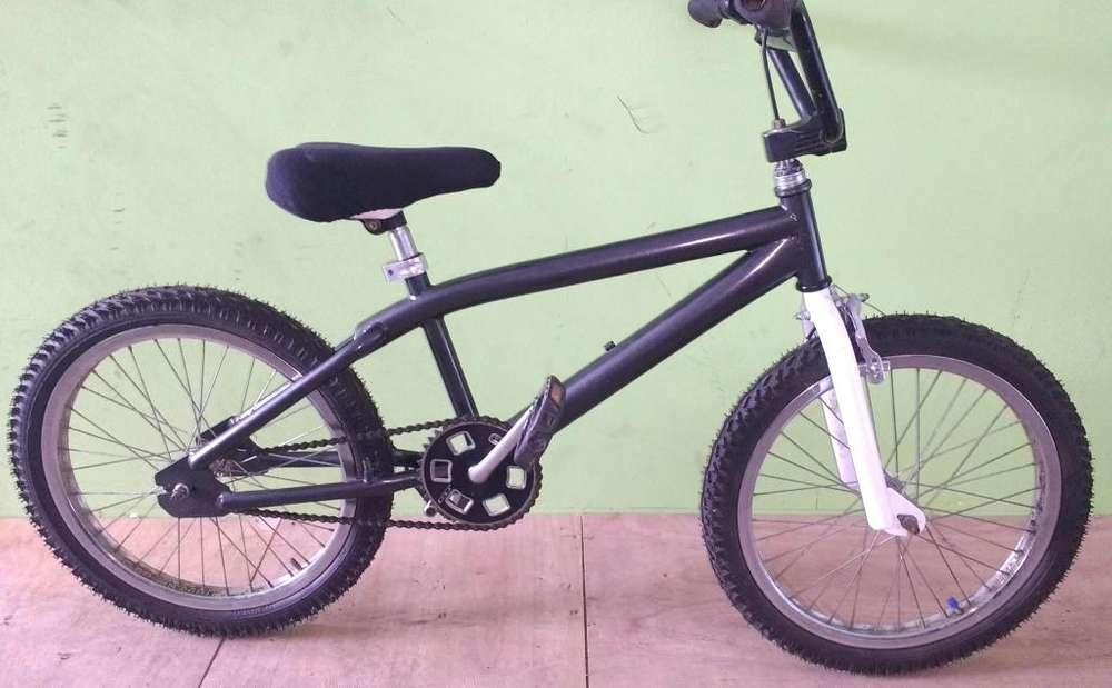 Bicicleta usada bmx rod 20 gris impecable!!!!