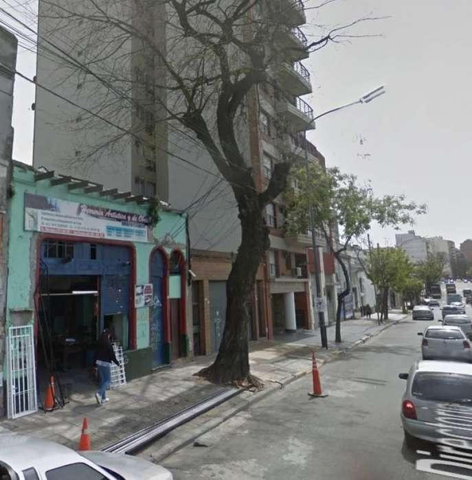 Lote c/contruccion en venta - Parque Avellaneda