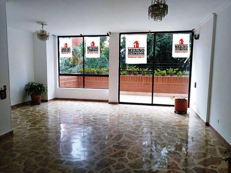 <strong>apartamento</strong> En Arriendo En Medellin Laureles Cod. ABMER205799