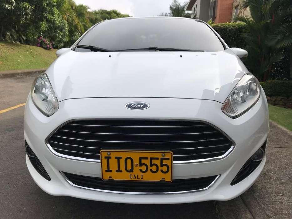 Ford Fiesta  2015 - 39000 km