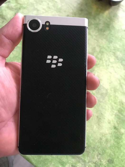 Blackberry Keyone libre