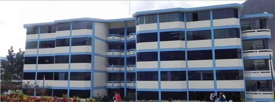 CASA_LOCAL COMERCIAL en venta 300m2 la misma pista en Av.Interregional frente a UDH la esperanza no toyota kia hyundai
