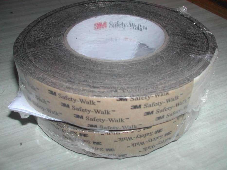 Antideslizante autoadhesivo 3M safety walk GP negro rollo 25mm x 18m