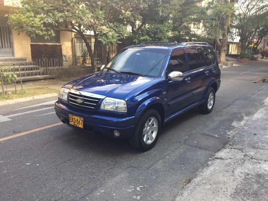Chevrolet Vitara 2004 - 150000 km