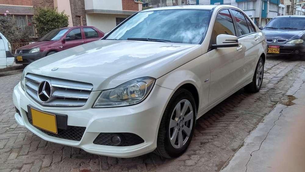 Mercedes-Benz Clase C 2012 - 93000 km