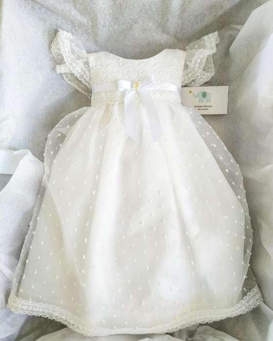 afdd31fde Vestidos de Bautismo Fiesta para Bebe Nena en Plumeti Organza Bordada  Andrea Moneta Per Bambini Vestidotienda