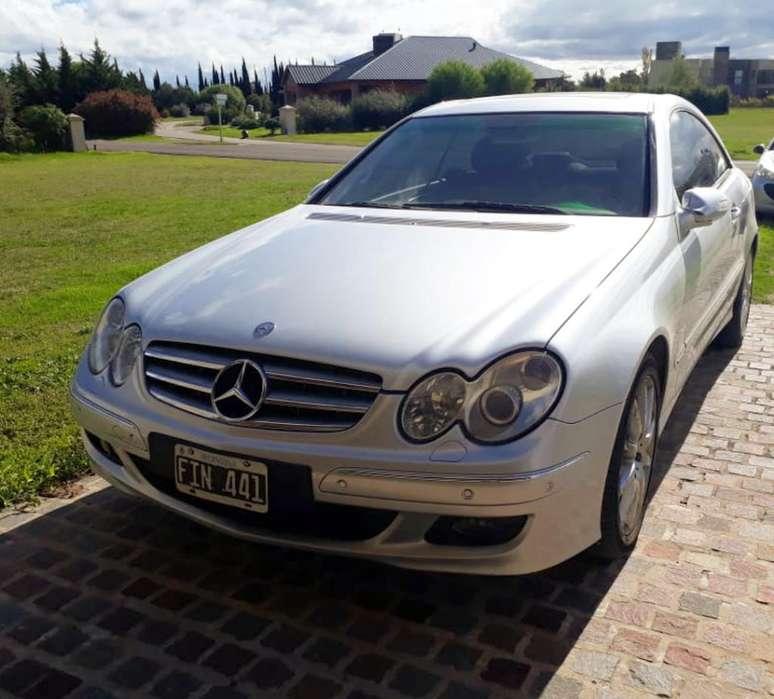 Mercedes-Benz Clase CLK 2008 - 120000 km
