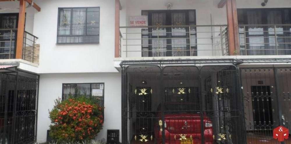 017 Hermosa casa en venta ubicación central