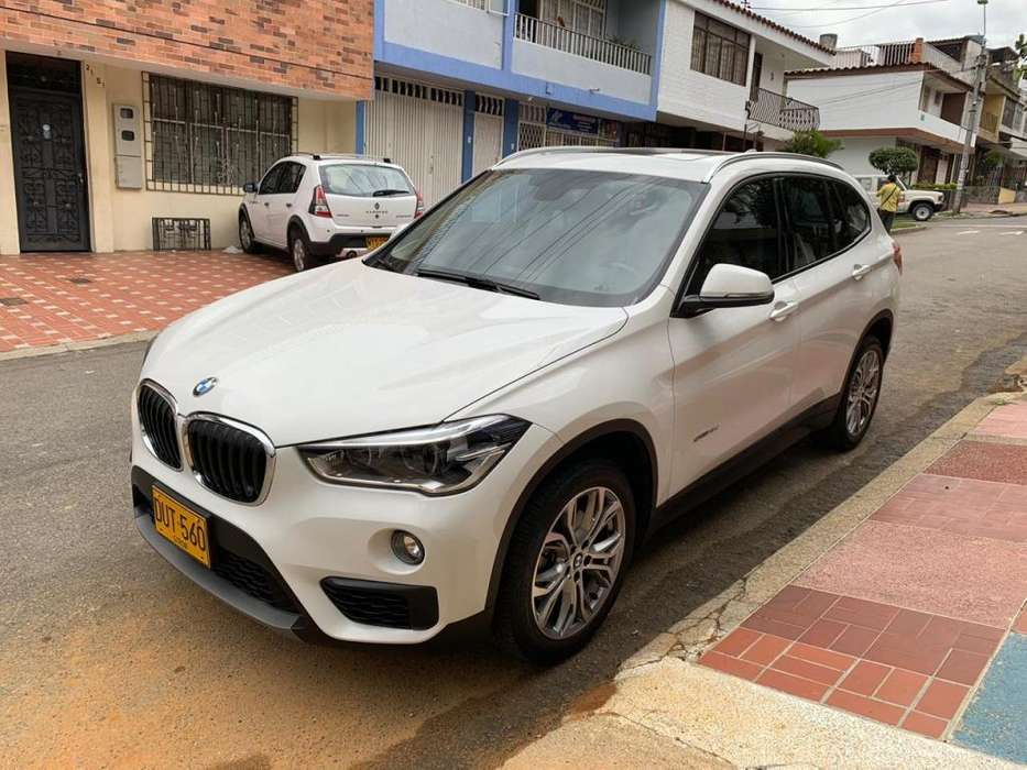<strong>bmw</strong> X1 2018 - 18582 km