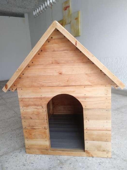 Casa de <strong>perro</strong> en Madera de Pino