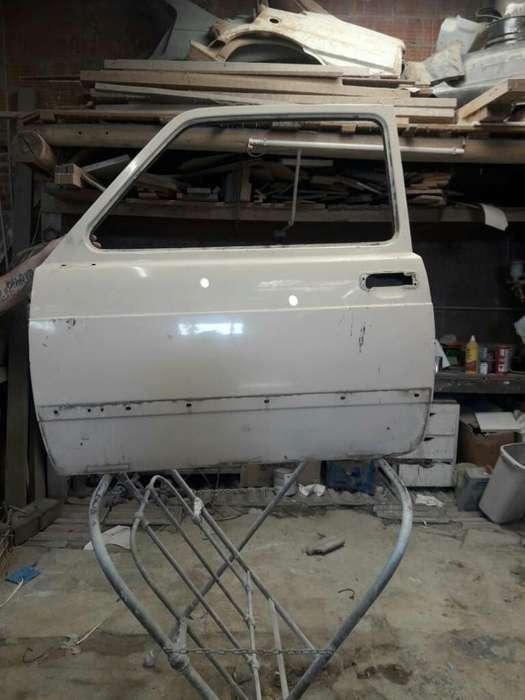 Vendo Permuto Puerta Fiat 147