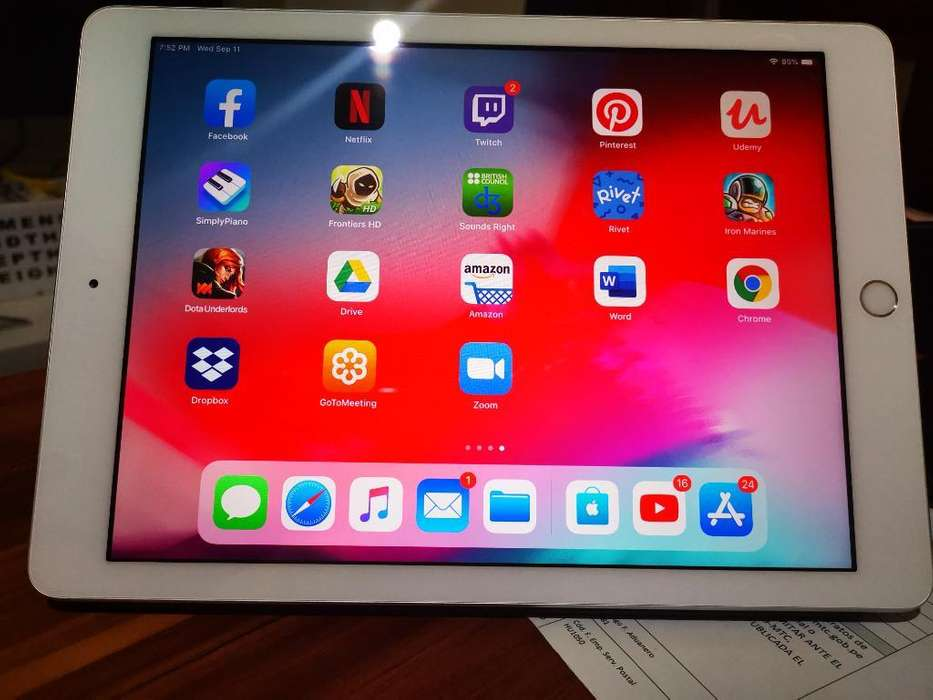 iPad 6th Generation 128 Gb Wifi