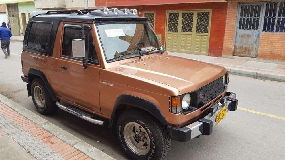 Mitsubishi Montero 1982 - 346700 km