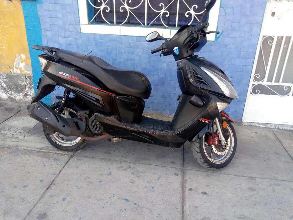 Moto Scooter Italika Gts