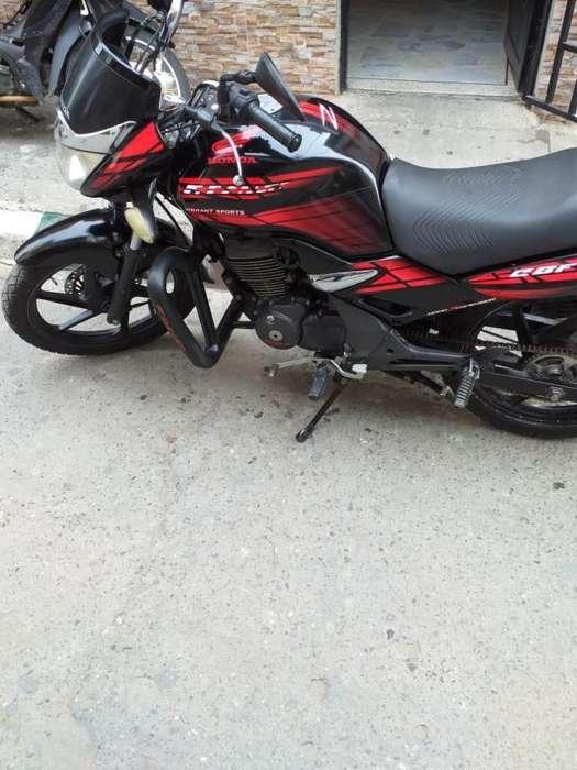 Vendo Moto Marca Honda CBF 150 Modelo 2009 - Tel. 315 538 26 61