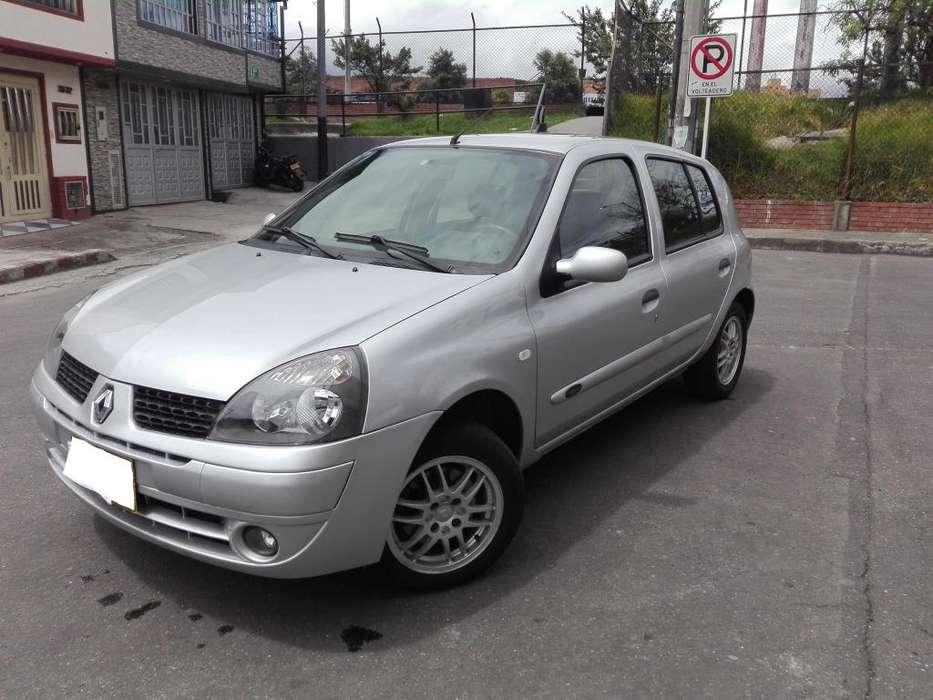 Renault Clio  2008 - 107 km