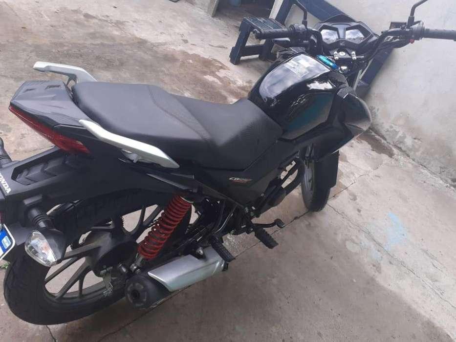Vendo moto CB 125
