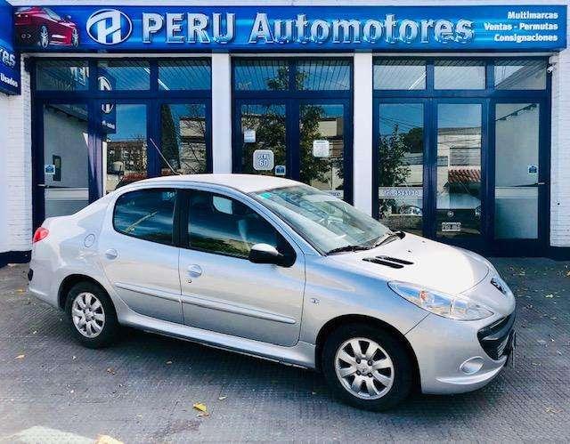 Peugeot 207 Compact 2011 - 130000 km