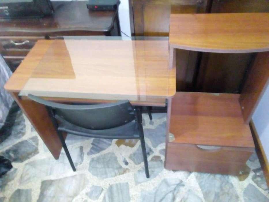 Escritorio en madera con vidrio opcionable para computador e impresora ,<strong>sillas</strong> opcionable desde 20.000 a 50.000