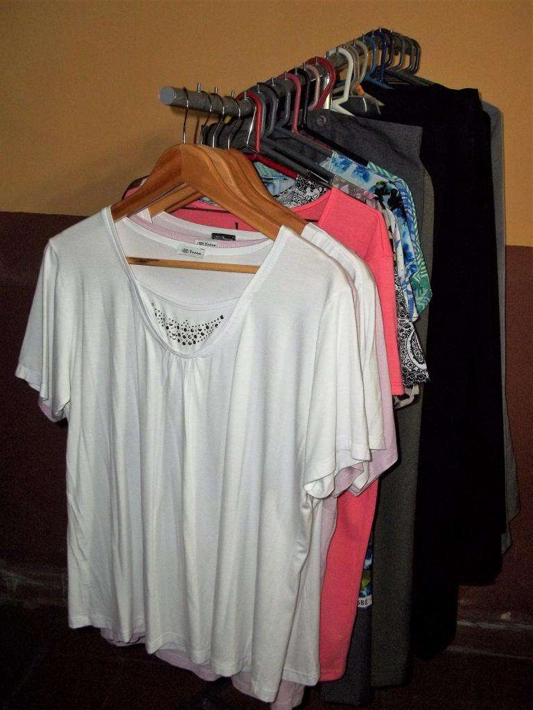 Combos de ropa femenina usada