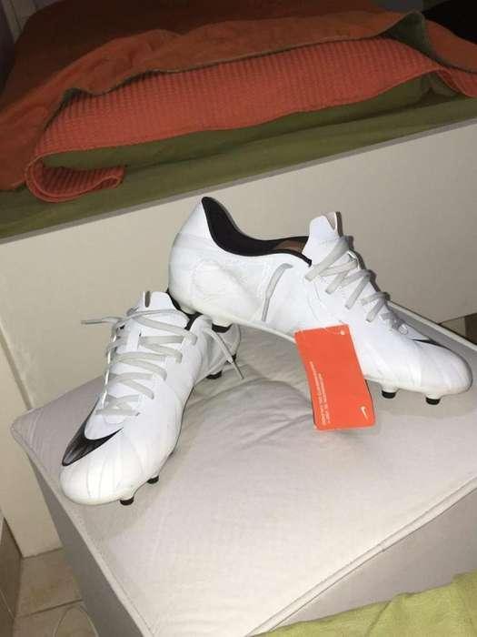 Botines Nike Mercurial Talle 42 ( 10 Us)