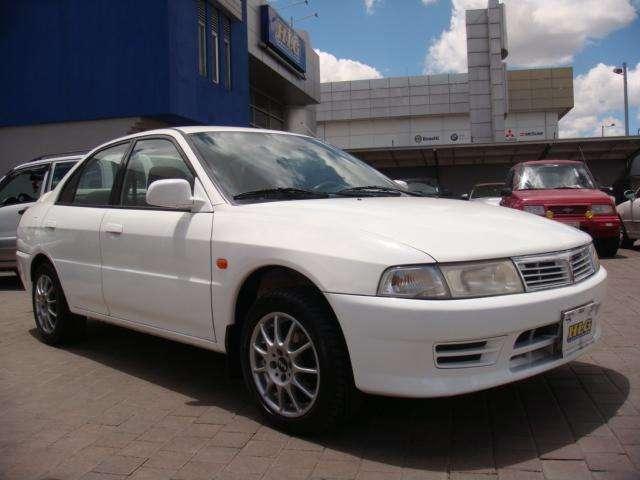 Mitsubishi Lancer 1998 - 156000 km