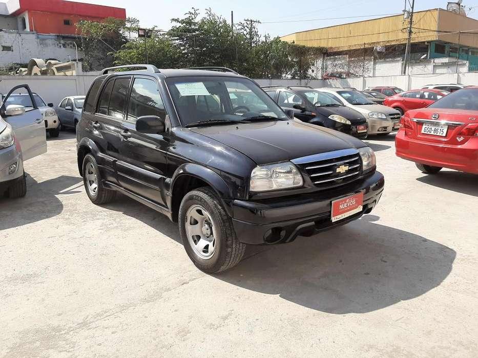 Chevrolet Grand Vitara 2013 - 143000 km