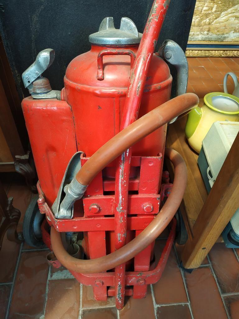Extintor Antiguo