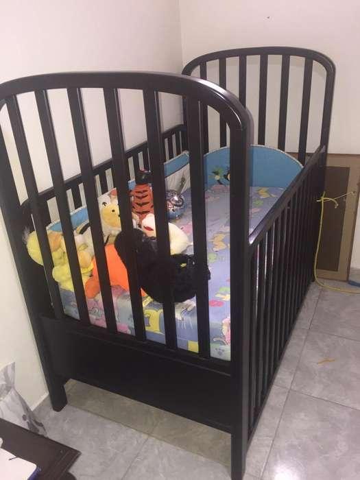 Cuna para Bebe en Cedro