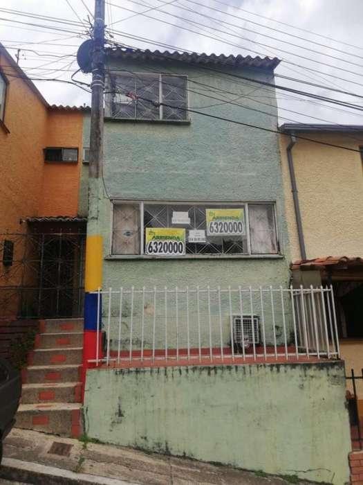 Casa En Arriendo En Bucaramanga Santa Helena Cod. ABCLV-5713