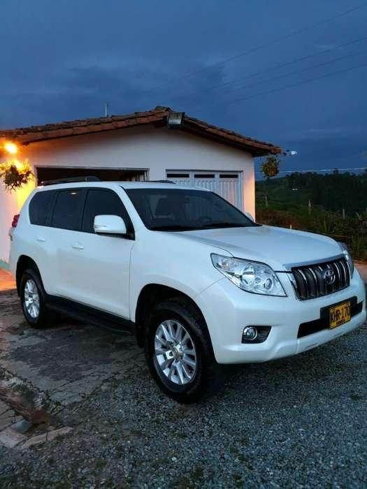 Toyota Land Cruiser Prado 2011 - 96000 km