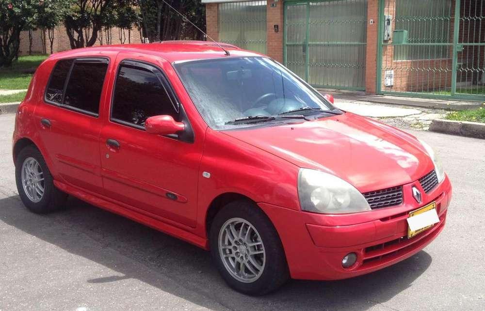 Renault Clio  2006 - 167000 km