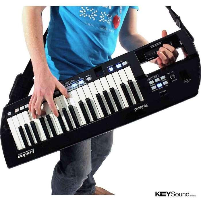 PIANO SINTETIZADOR KEYTAR ROLAND LUCINA AX09