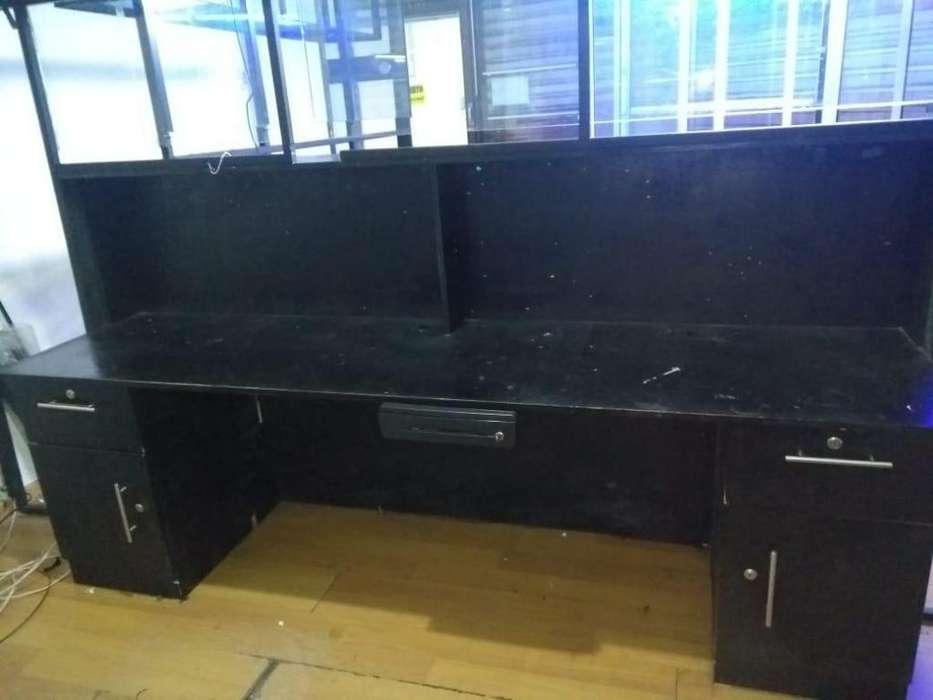 <strong>escritorio</strong>-mostrador en madera