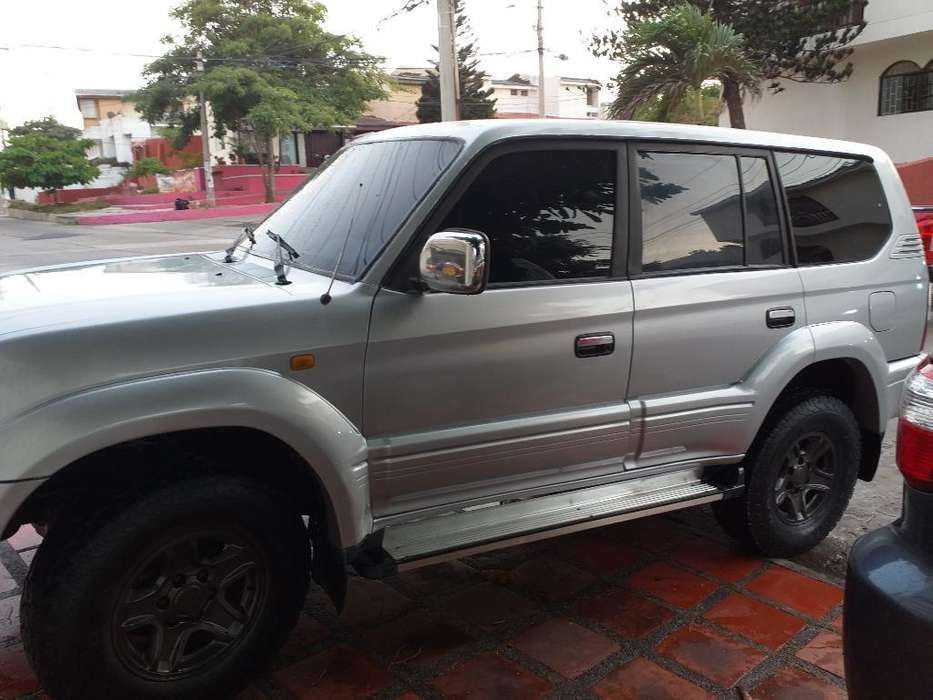 Toyota Prado 2000 - 180000 km