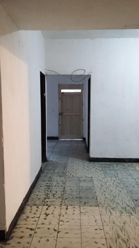 Se Vende Casa en Manrique Oriental