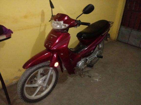Oferta por ocasión, venta de moto en buen estado Semiautomática