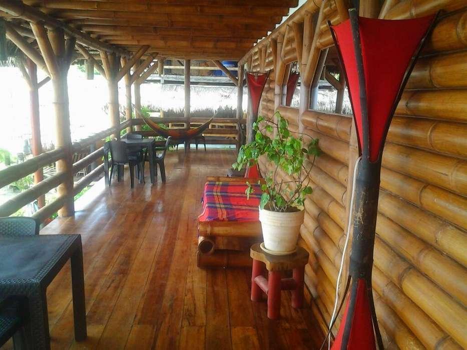 Vendo Hermoso Hotel en Mompiche