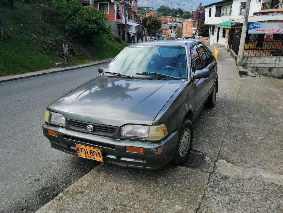 Mazda 323 1988 - 123 km