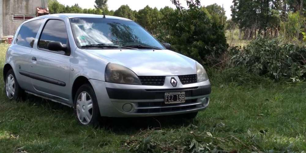 Renault Clio  2005 - 154000 km