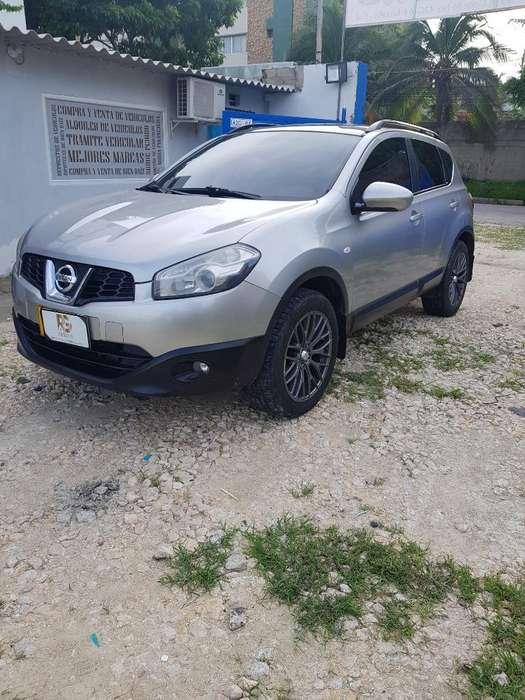 Nissan Qashqai  2012 - 70000 km