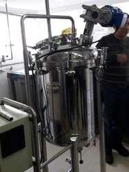 Reactor 50 lts  con agitador acero inoxidable