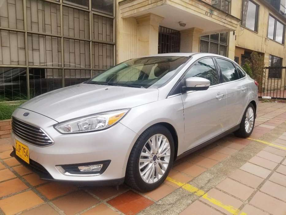 Ford Focus 2015 - 30000 km
