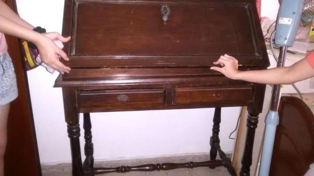 <strong>escritorio</strong> Antiguo Secreter